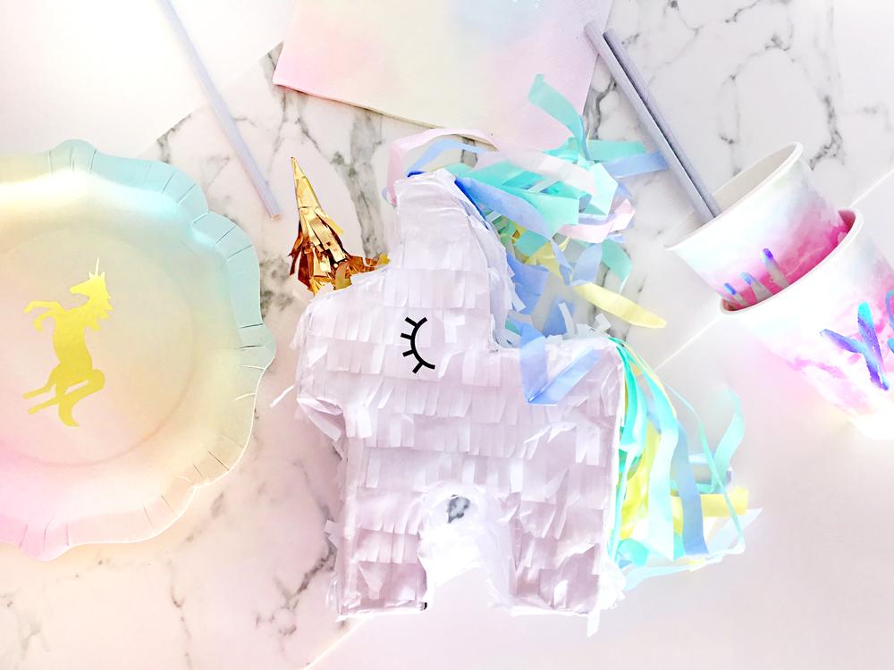 Matrimonio Tema Unicorno : Mini pignatta unicorno bianco su vegaooparty negozio di