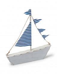Barchetta di legno blu