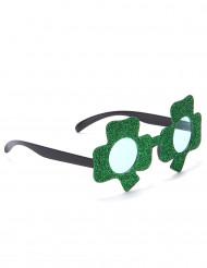 Occhiali verdi con trifoglio per San Patrizio