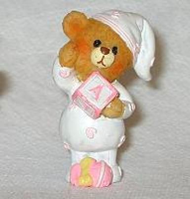 Orsetto in resina rosa bambina