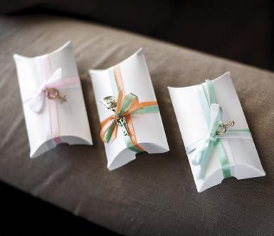 10 scatole in cartoncino bianco perlato-1