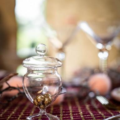 Contenitore in vetro per caramelle su piedistallo alto 12 cm-1