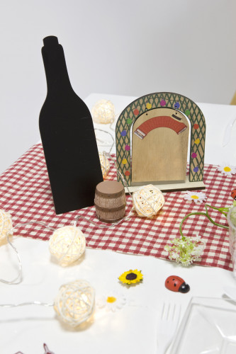 Menù a forma di bottiglia di vino in ardesia da 25 cm-1