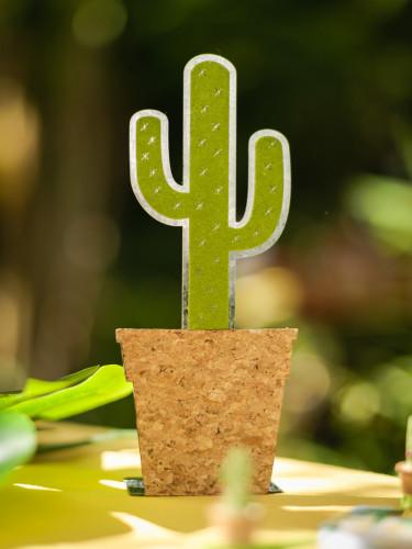 Cactus decorativo in metallo-1
