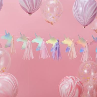 Ghirlanda con unicorni e pon pon iridescente-1