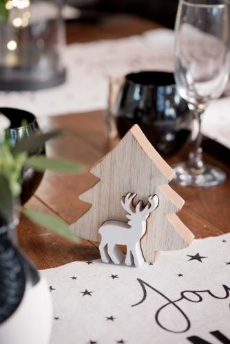Decorazione in legno alberello con renna-1