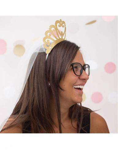 Corona di cartocino con paillettes e velo