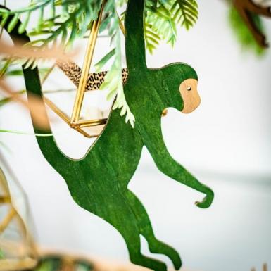 Scimmia in legno verde da appendere-2