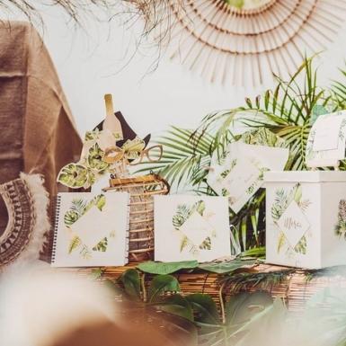 Kit photobooth tropical avorio e dorato -2
