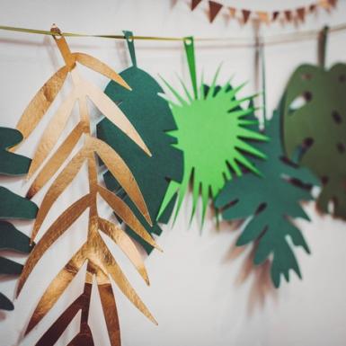 Ghirlanda di foglie verdi e dorate-1