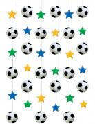 Una decorazione con stelle e palloni da calcio