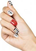 Finte unghie adesive tema marino da donna